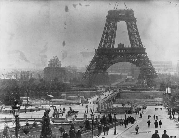 Tour_Eiffel_1878